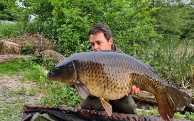 Society-Records-Inn-On-The-Lake-Main-Lake-Billy-Hargreaves-IOTL-Carp