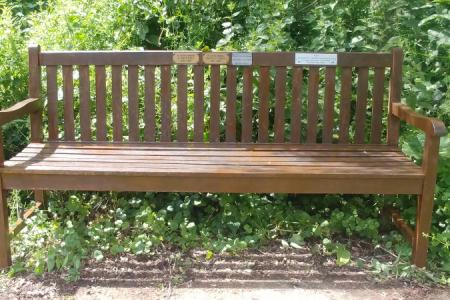 Cobham-Memorial-Bench-02